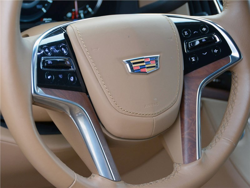 Cadillac Escalade 2015 руль