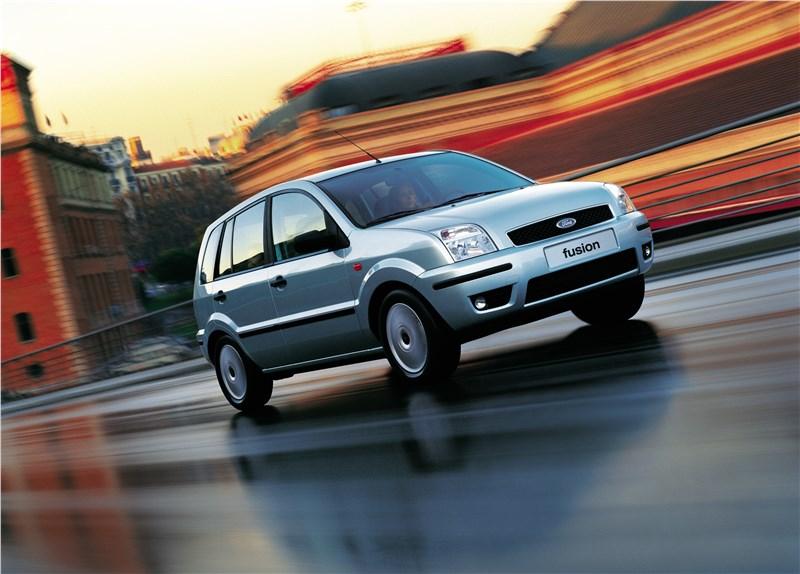 Ford Fusion 2002 динамика фото 1