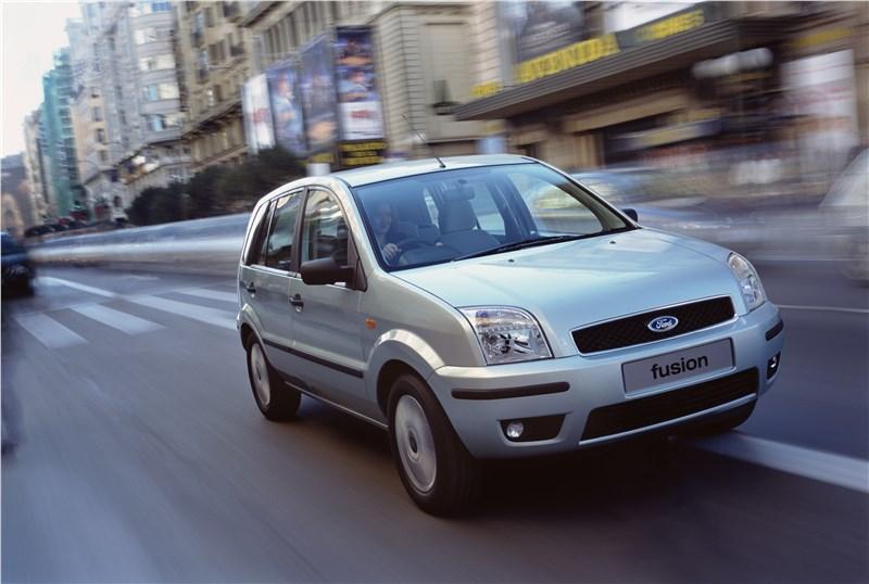 Ford Fusion 2002 динамика фото 2