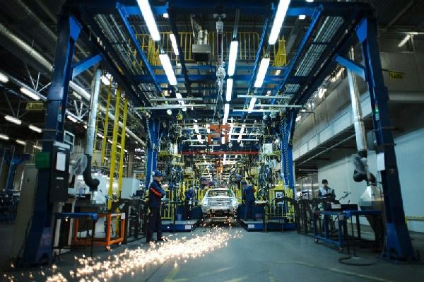 Петербургский завод General Motors снова останавливает производство