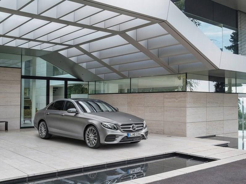 Новое поколение Mercedes-Benz E-Class дебютировало в Москве