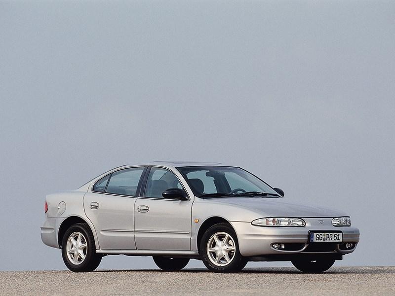 Chevrolet Alero 1999 фото 2