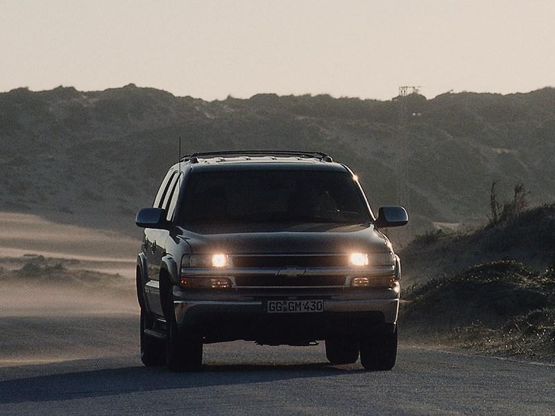 Chevrolet Tahoe 2001 динамика фото 5