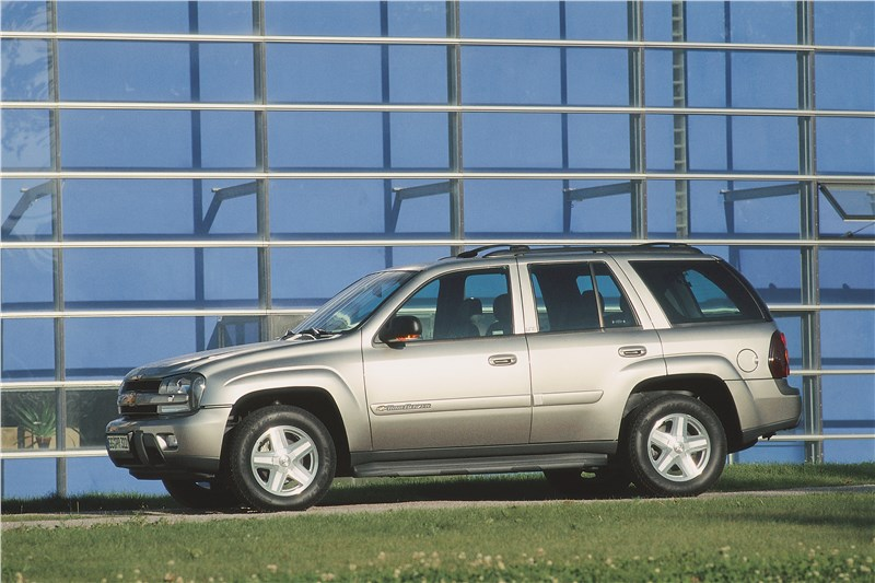 Chevrolet TrailBlazer 2001 вид сбоку 1