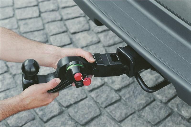 Chevrolet TrailBlazer 2001 тягово_сцепное устройство
