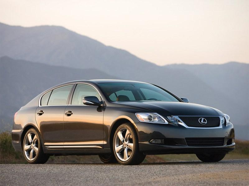 Lexus GS 350 и LS 460 – лучшие в рейтинге «Наивысшая остаточная стоимость-2013»