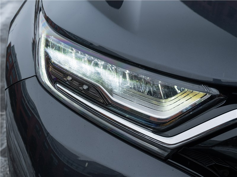 Honda CR-V (2020) передняя фара