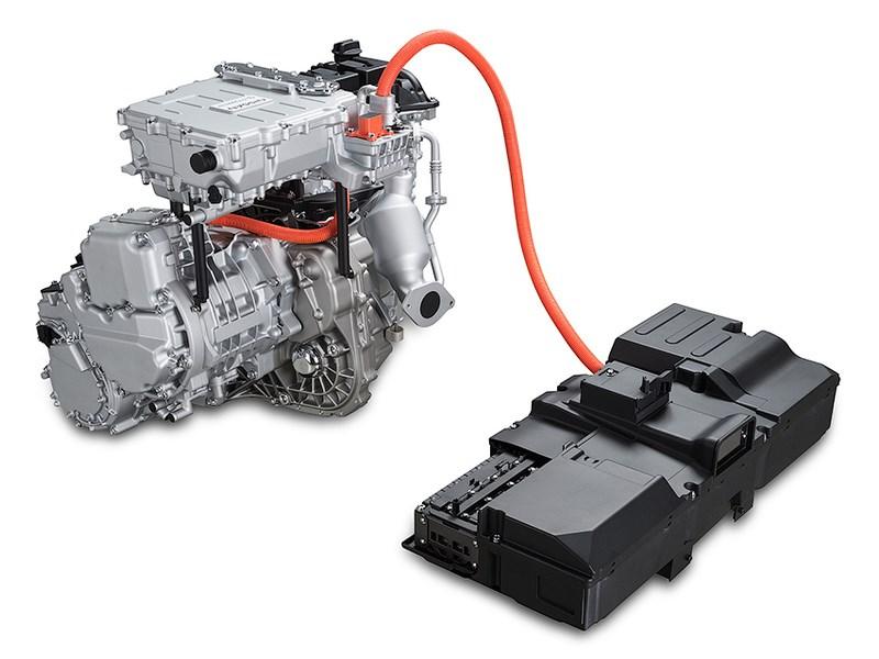 Nissan показал новый гибридный двигатель