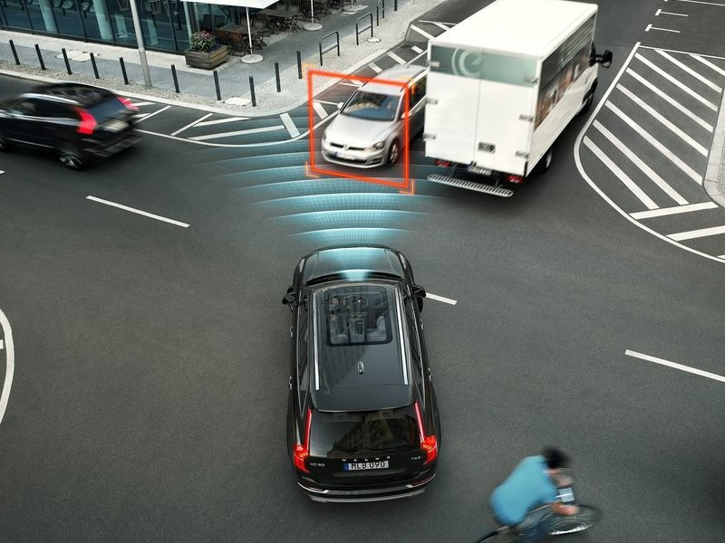 Новая система безопасности Volvo Cars City Safety сократит число аварий на 41 процент