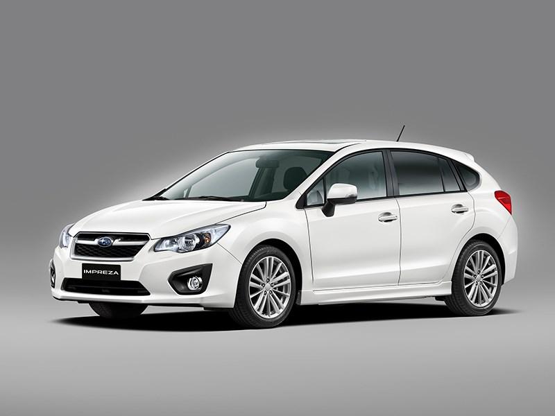 Subaru Impreza 2012 вид спереди