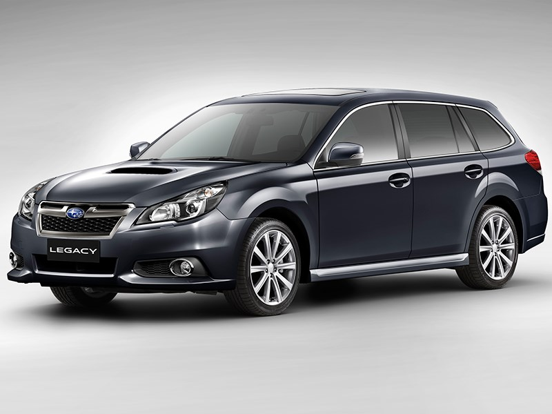 Subaru Legacy 2013 вид спереди фото 2