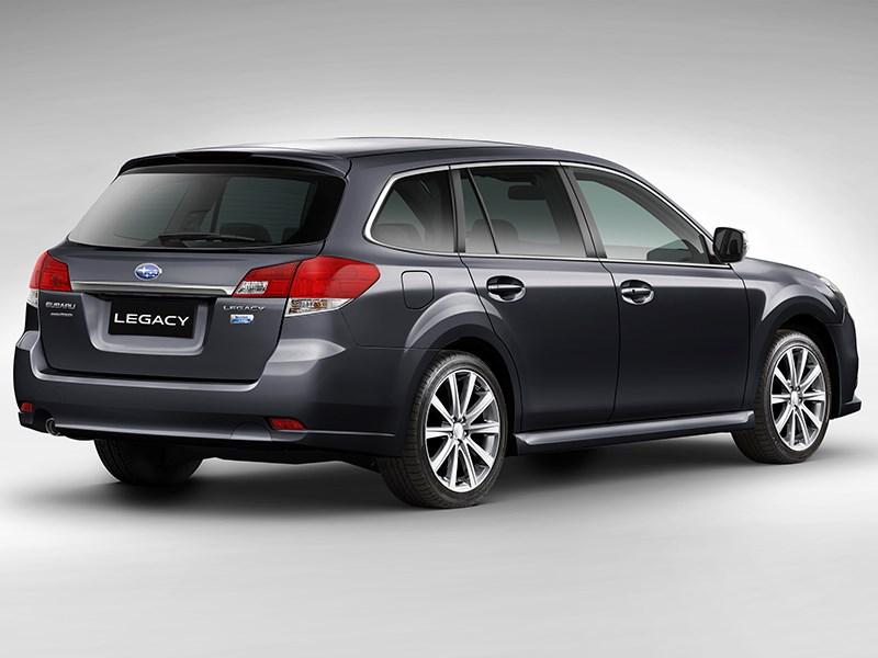 Subaru Legacy 2013 вид сзади фото 1