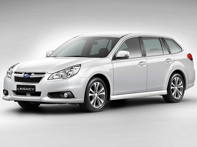 Subaru Legacy 2013 вид спереди фото 6