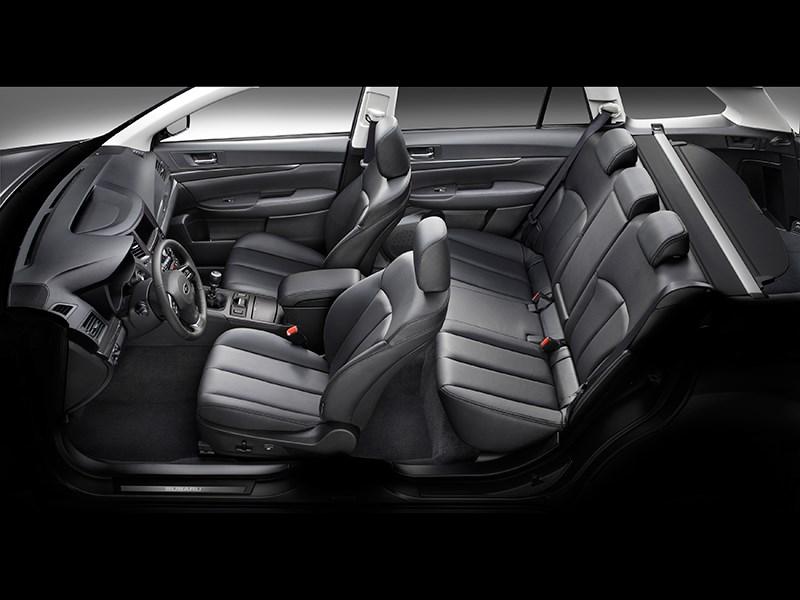 Subaru Legacy 2013 салон фото 2