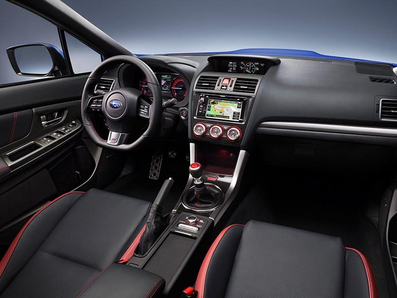 Subaru WRX STI 2014 водительское место