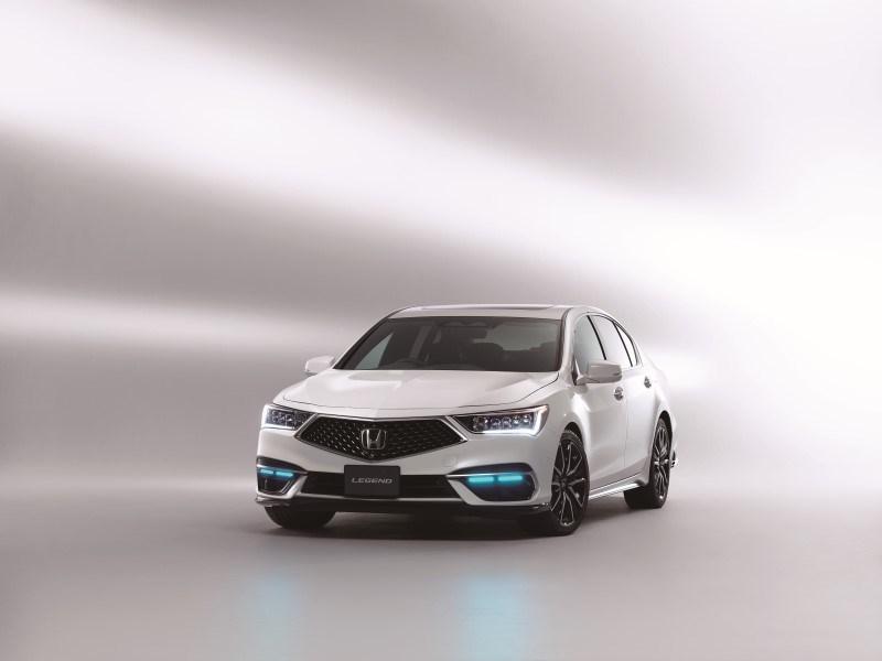 Honda представила свои автомобили с совершенным автопилотом