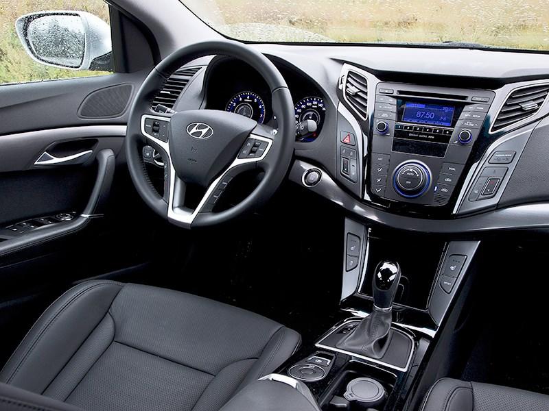 Hyundai i40 2012 водительское место