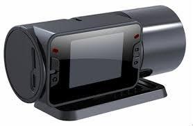 Депутаты предлагают комплектовать все автомобили видеорегистраторами
