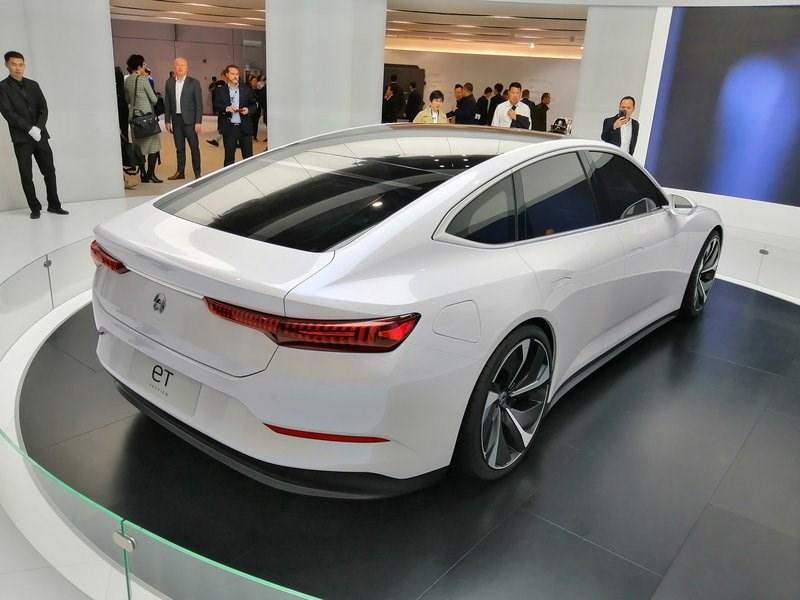 Китайский автопроизводитель NIO представил рекордсмена
