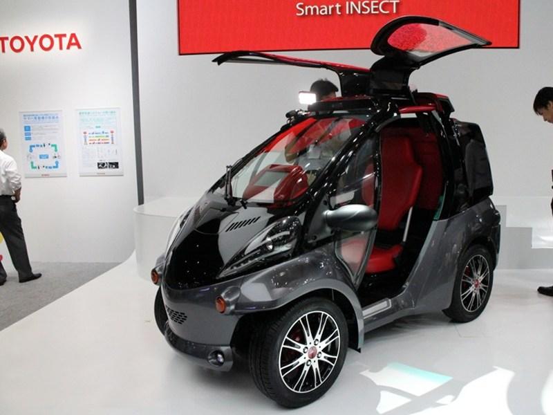 Toyota представила «умный» электрокар
