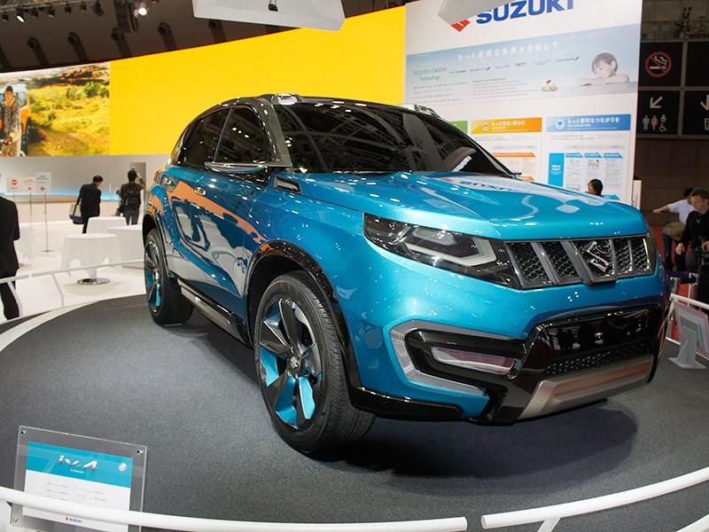 Suzuki iV-4 concept 2013 вид спереди
