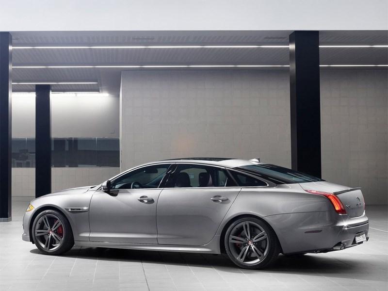 Jaguar XJR 2013 вид сбоку