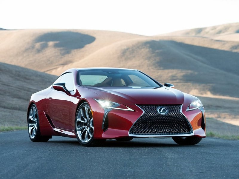 Флагманская модель Lexus выйдет на российский рынок