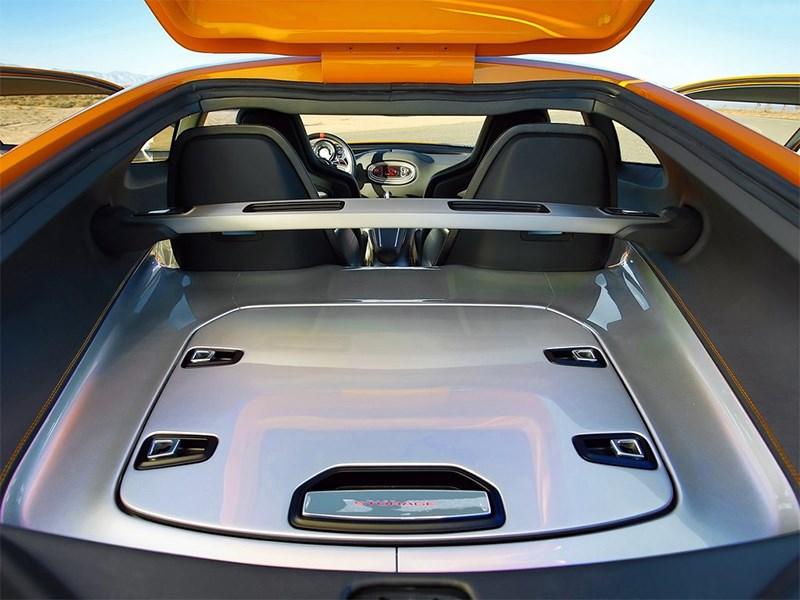 KIA GT4 Stinger concept 2014 багажное отделение