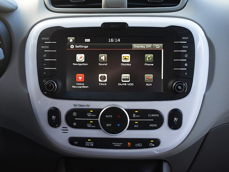 Kia Soul EV 2015 монитор фото 1