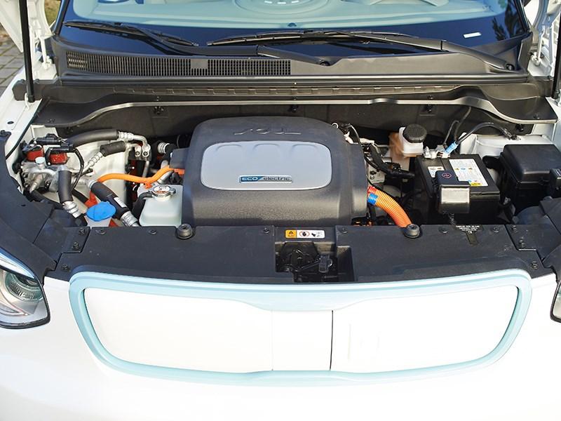 Kia Soul EV 2015 двигатель