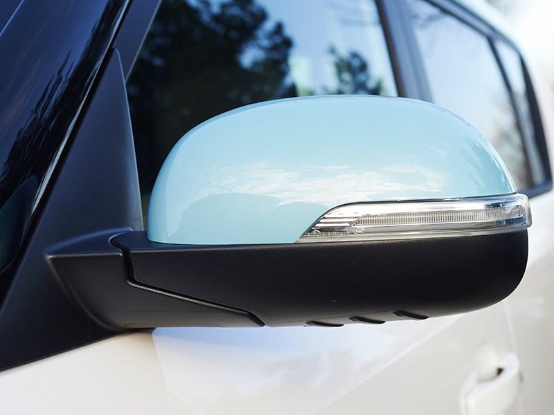 Kia Soul EV 2015 боковое зеркало