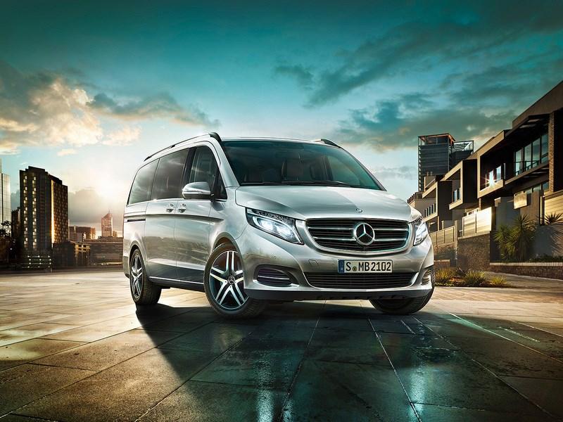 Mercedes-Benz расширил список комплектаций микроавтобуса V-Class в России