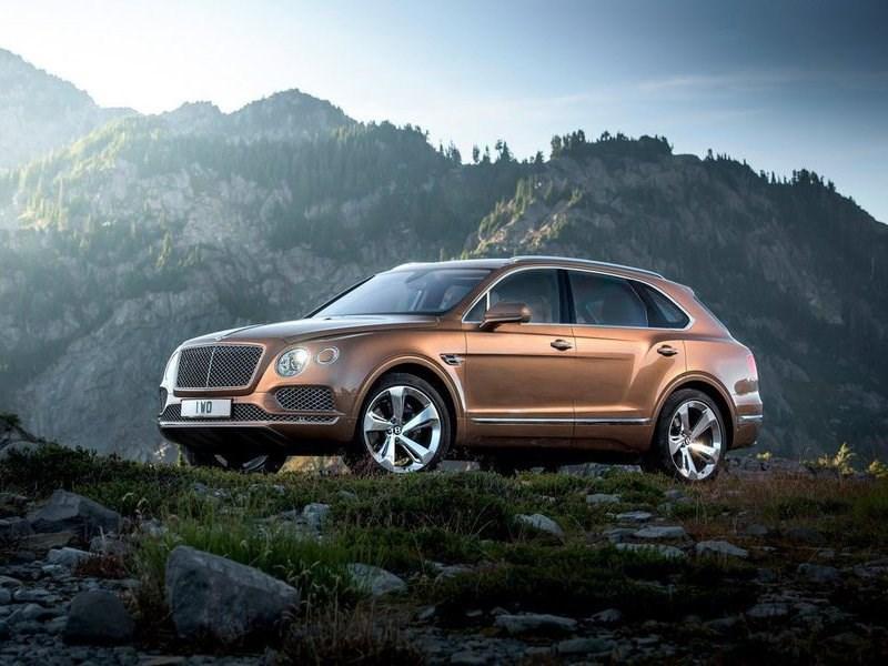 Российские продажи автомобилей Bentley выросли наполовину