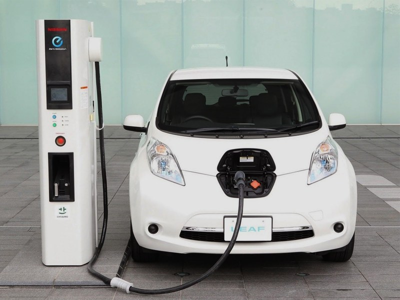 Nissan Leaf сможет проехать в 1,5 раза больше