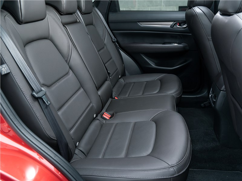 Mazda CX-5 (2021) задний диван