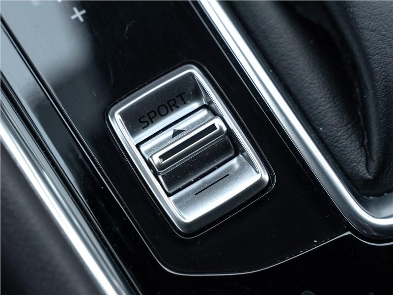 Mazda CX-5 (2021) клавиша Sport