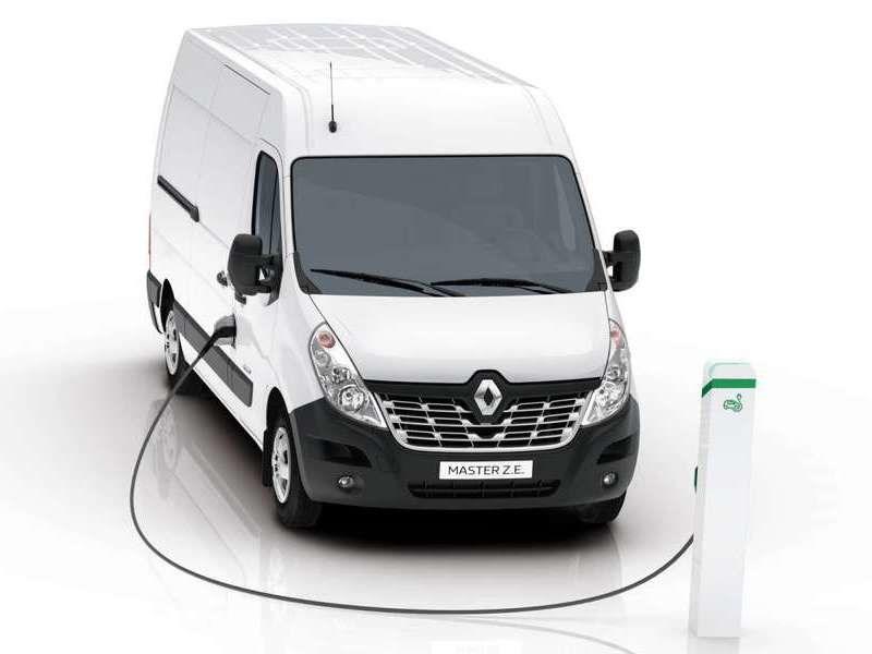 Рэно вевропейских странах перевела фургон Master наэлектричество