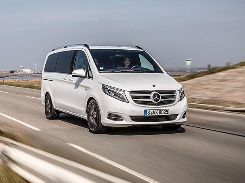 В России снова отзывают Mercedes-Benz