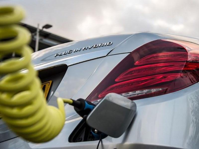Mercedes Benz заменит подзаряжаемые гибриды Фото Авто Коломна
