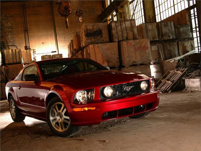 Купе Ford Mustang со временем получит десятиступенчатую коробку передач