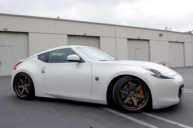 """На смену купе Nissan 370Z придет новый спорткар в кузове """"тарга"""""""