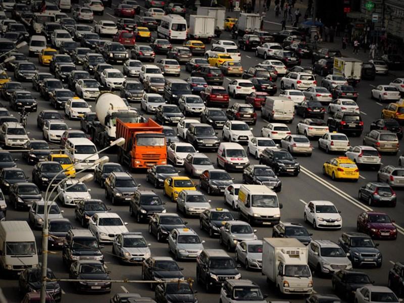 Налоговики подсчитали, кто платит транспортный налог