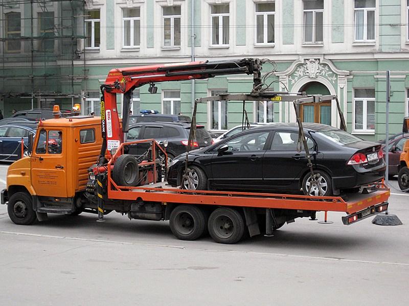 Депутаты против парковочной полиции
