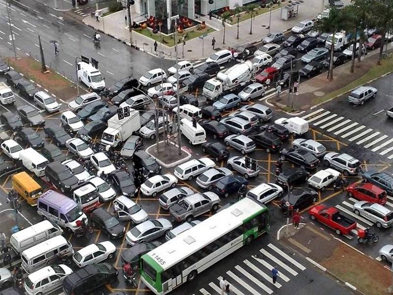 Транспортная система столицы нуждается в спасении