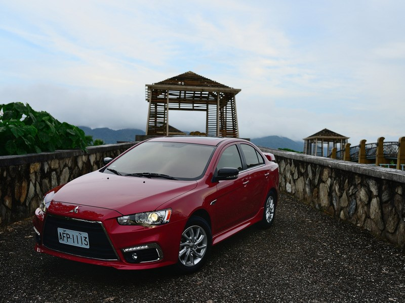Mitsubishi готовит рестайлинг седана Lancer для китайского рынка