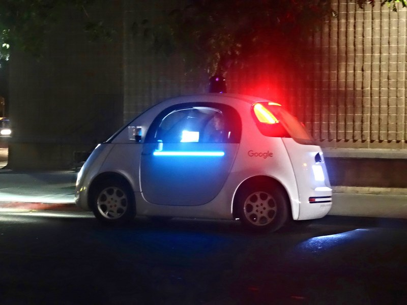 Google получил патент на систему распознавания патрульных автомобилей