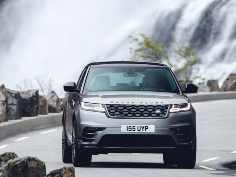 Range Rover обновил Velar