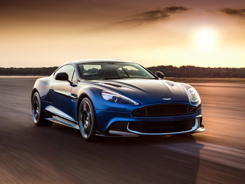 Aston Martin привез в Лос-Анджелес S-версию купе Vanquish