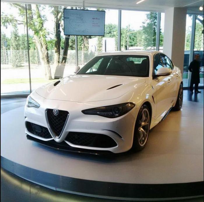 Новый Alfa Romeo Giulia появится в продаже через год
