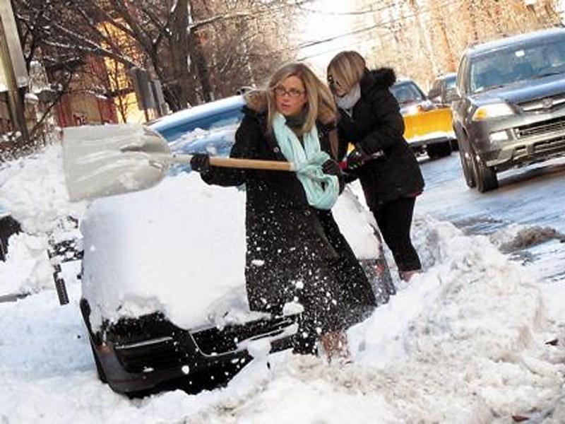За чистку машины от снега штрафовать не будут